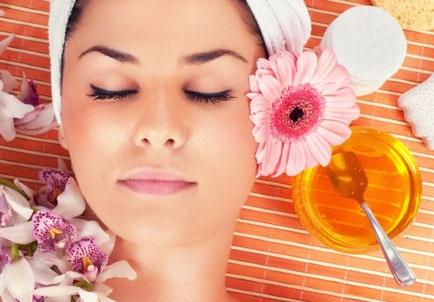 uống mật ong giúp ngủ ngon